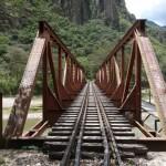 Ligne de chemin de fer - Vers le Machu Picchu